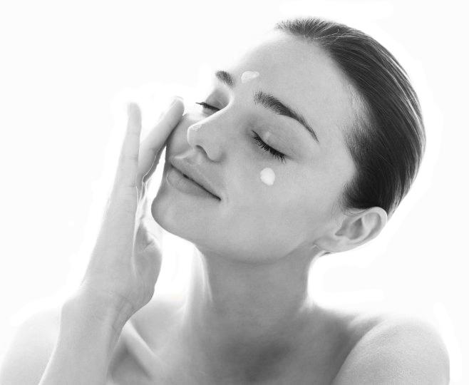 Увлажняющий крем для лица. Продукция компании Fohow